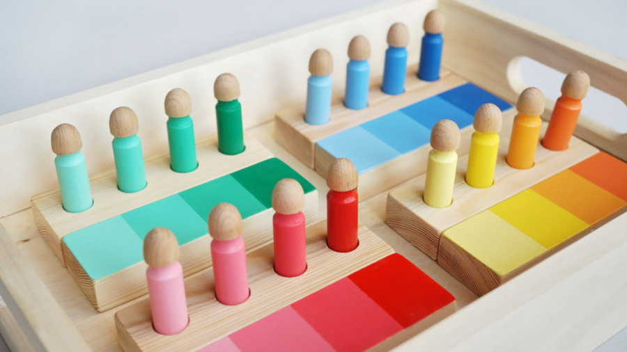 Sorter kolorów – materiał dydaktyczny Montessori